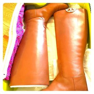 Tory Burch Penny Brown Sidney boot